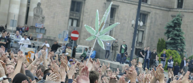 March for cannabis legalization in Krakow.