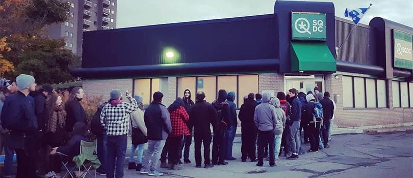 Quebec Dispensary Line